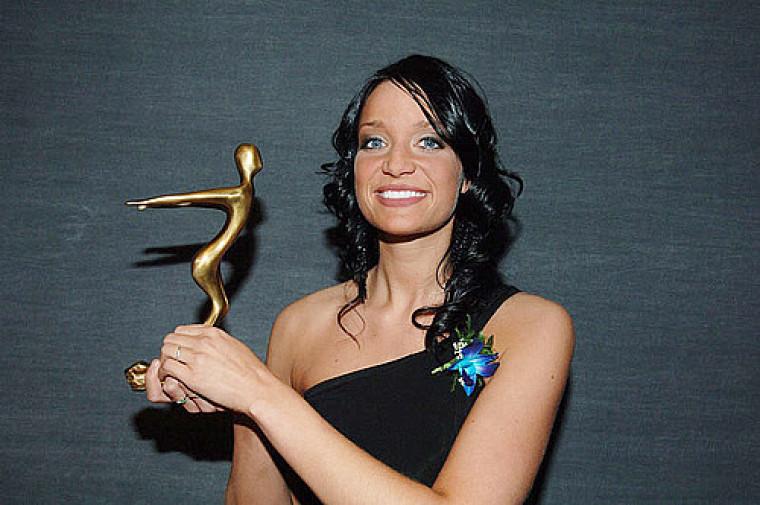 Stéphanie Poulin, étudiante en adaptation scolaire et sociale, est lauréate du prix Société, communication et éducation.