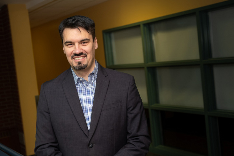 Deny Bélisle, professeur agrégé en marketing à l'École de gestion et évaluateur scientifique pour le prochain congrès de l'Acfas.