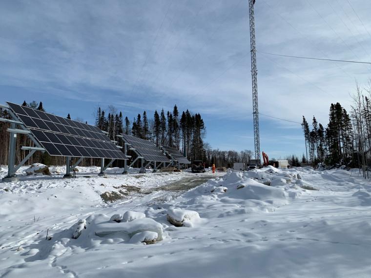 La tour de télécommunicationsituée àDorval Lodgedans la réserve faunique La Vérendrye,en Abitibi-Témiscamingue,a été mise en service en février dernier.