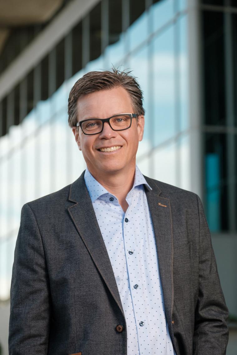 Le nouveau vice-recteur aux ressources humaines et à la transformation numérique, le professeur Patrik Doucet, entre en fonction le 1er octobre 2021.
