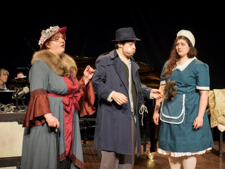 Laetitia (Pascale Raymond), Bob (Simon Landry) et Mademoiselle Todd (Tabitha Brasso-Ernst) - The Old Maid and the Thief de Gian Carlo Menotti
