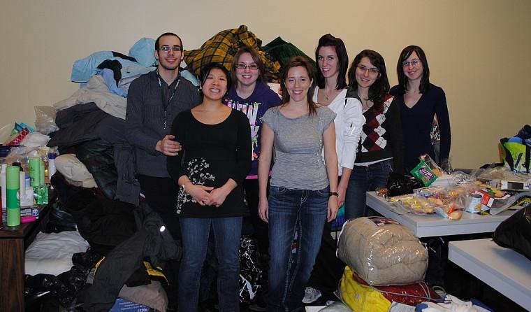 Les membres de l'Association générale des étudiantes et étudiants en sciences infirmières ont voulu mener un projet pour faire une différence dans la vie des itinérants.