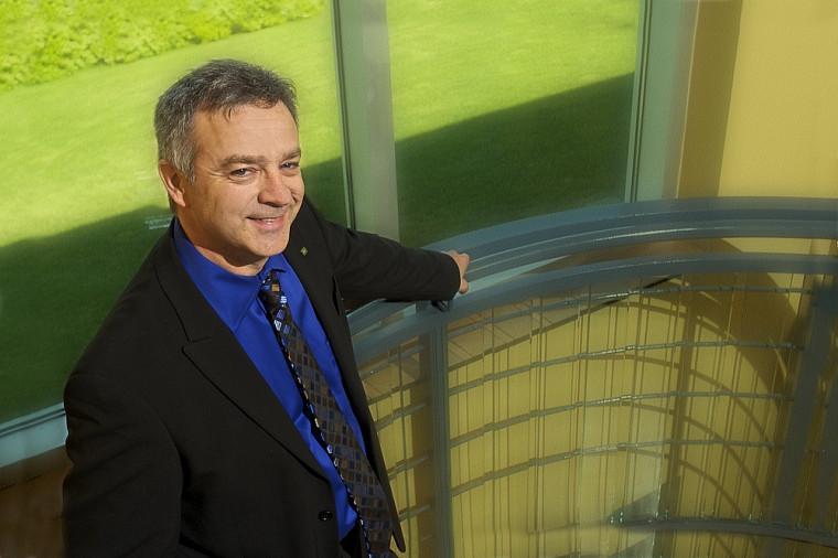 Yvan Lambert, directeur adjoint de la formation sur mesure au Centre Laurent-Beaudoin