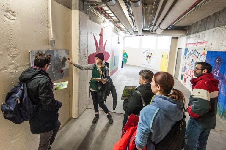 La tournée des tunnels lors de la visite du campus.