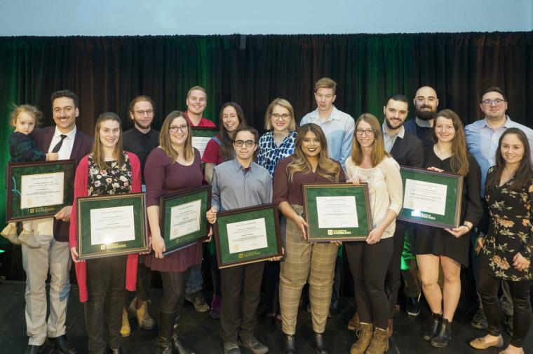 Les lauréates et lauréats des prix d'honneur du Défi étudiant 2020.