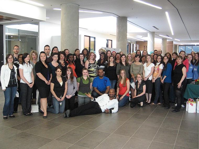 Les étudiantes et étudiants de la cuvée 2010 qui ont présenté leurs affiches.