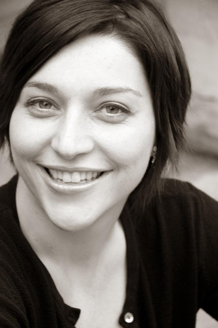 France Caya, mezzo-soprano