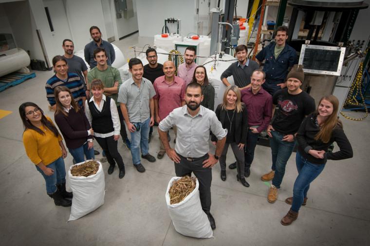 L'équipe du Laboratoire des technologies de la biomasse en 2017.