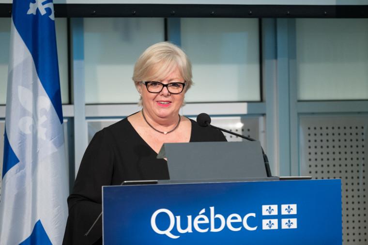 Madame Sylvie D'Amours, ministre responsable des Affaires autochtones et ministre responsable de la région des Laurentides.