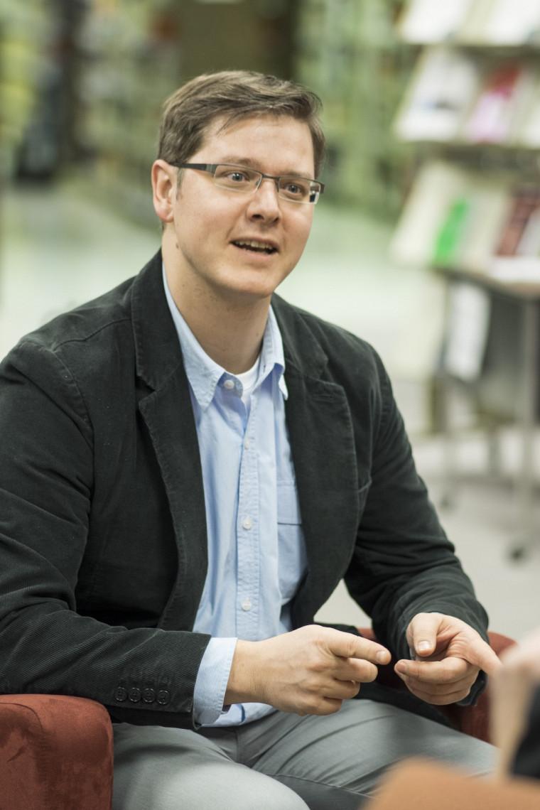 Selon le professeur Finn Makela, les processus qui conduisent à la naissance de nouvelles hypothèses sont relativement mal compris des chercheurs.