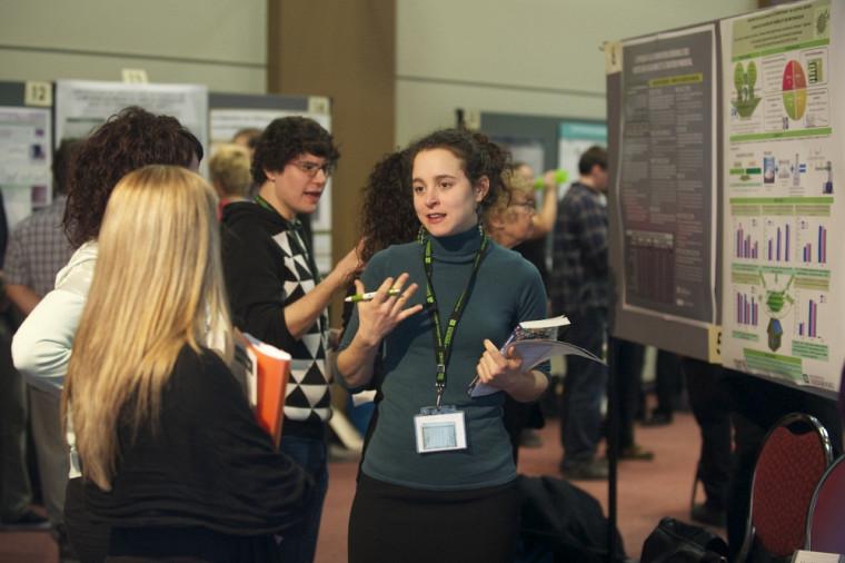 La Journée de la recherche a fourni aux étudiantes et étudiants une belle occasion de vulgariser leurs travaux.