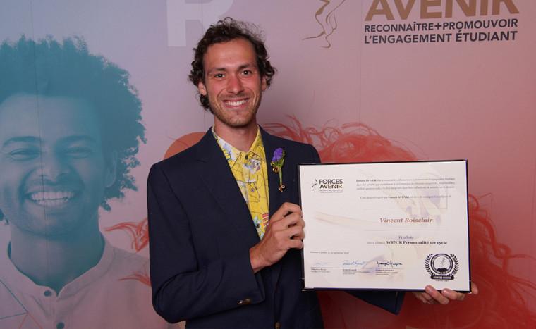 Vincent Boisclair, étudiant au bac en études de l'environnement, nommé Personnalité 1er cycle au gala Forces Avenir 2018.