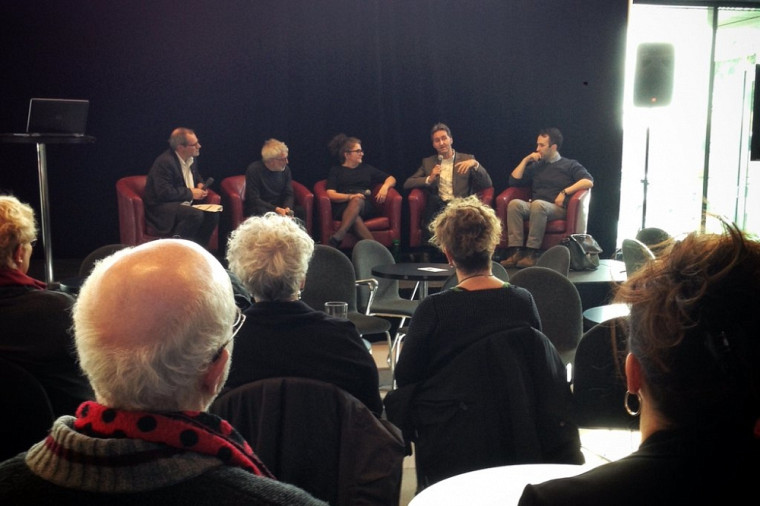 Table ronde sur les arts et la culture dans nos sociétés, avec Alain Webster, Francis Corpataux, Anick Lessard, Mario Trépanier et Matthieu Petit.