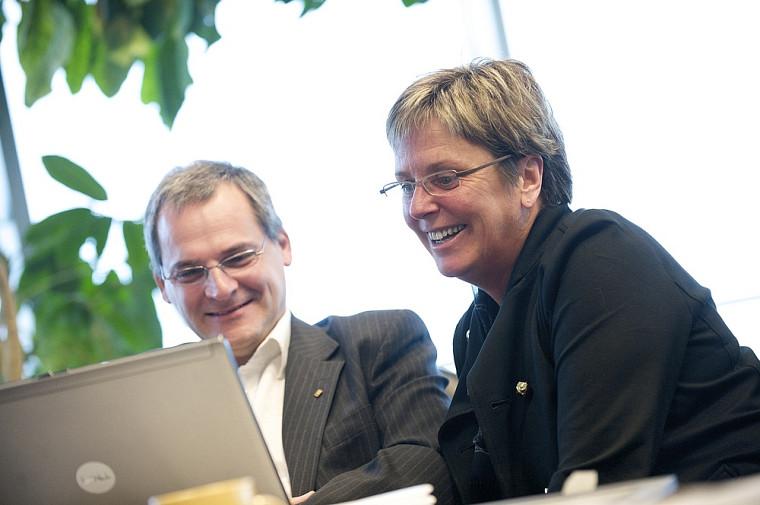 Le vice-recteur Alain Webster et la vice-rectrice Joanne Roch.