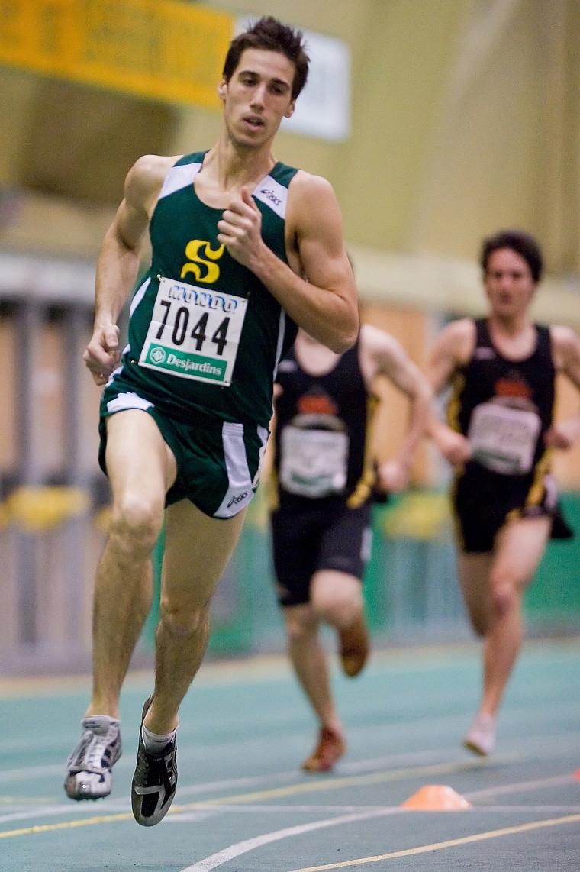 Le vétéran James Poulin-Cadovius a terminé sa carrière universitaire avec une 6eposition au 1500mètres.