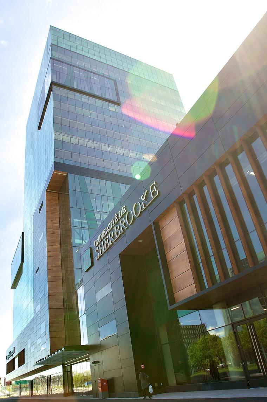 Les innovations intégrées au bâtiment du Campus de Longueuil permettent de réduire la consommation d'énergie de 46% par rapport à un système conventionnel.