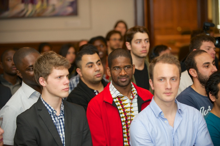 Plus d'une centaine d'étudiantes et d'étudiants internationaux ont été reçus à la mairie de Sherbrooke.