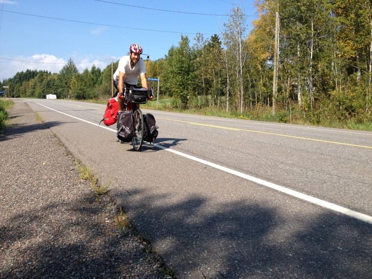 Matthieu Chartier sur les routes du Canada.
