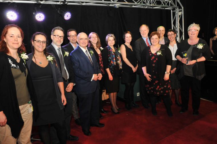 L'équipe gagnante du Prix du doyen, Gala du mérite de la FMSS, 6 avril 2017