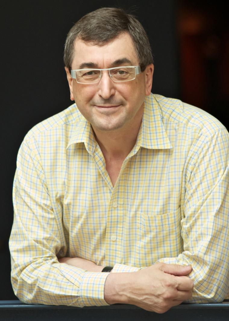 Le Pr Gilles Larin de la Faculté d'administration