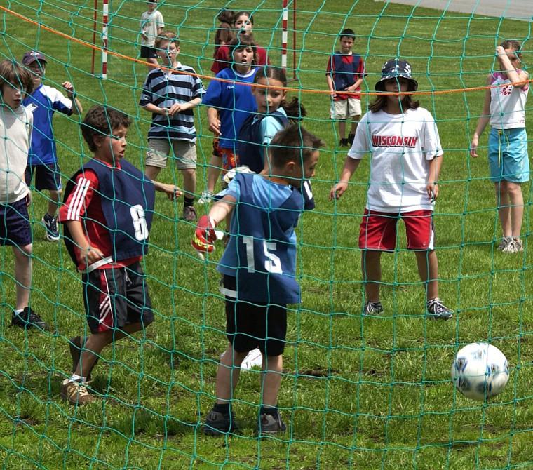 L'éducation à la santé, l'approche santé globale mise en place dans les écoles et la responsabilisation des enfants par l'activité physique feront partie des sujets abordés lors du colloque.