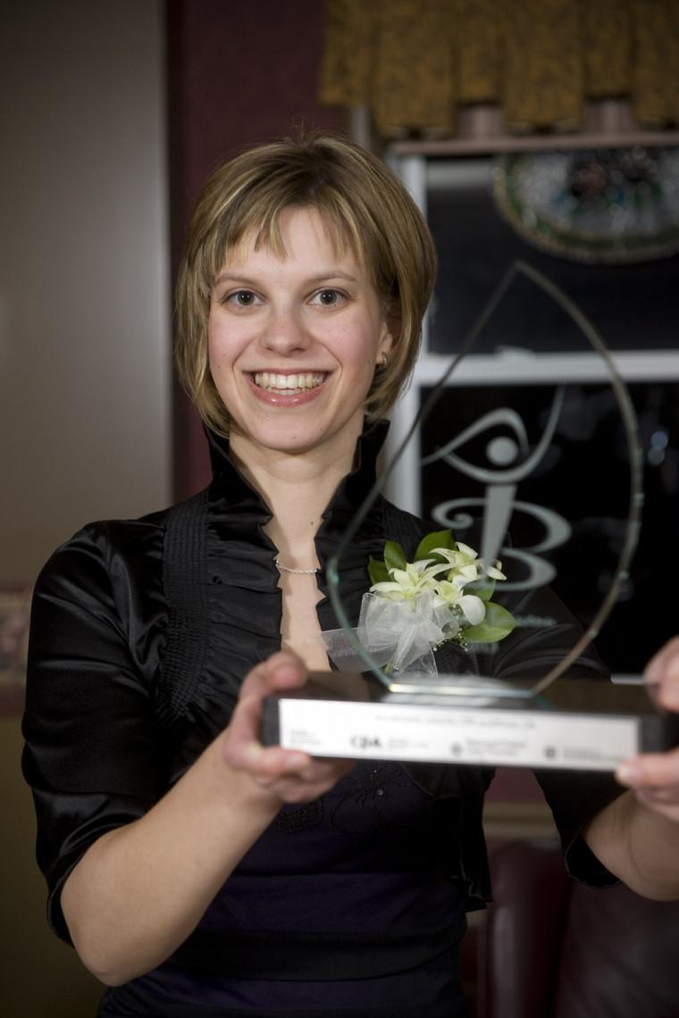 La diplômée en administration Annemarie Letarte.