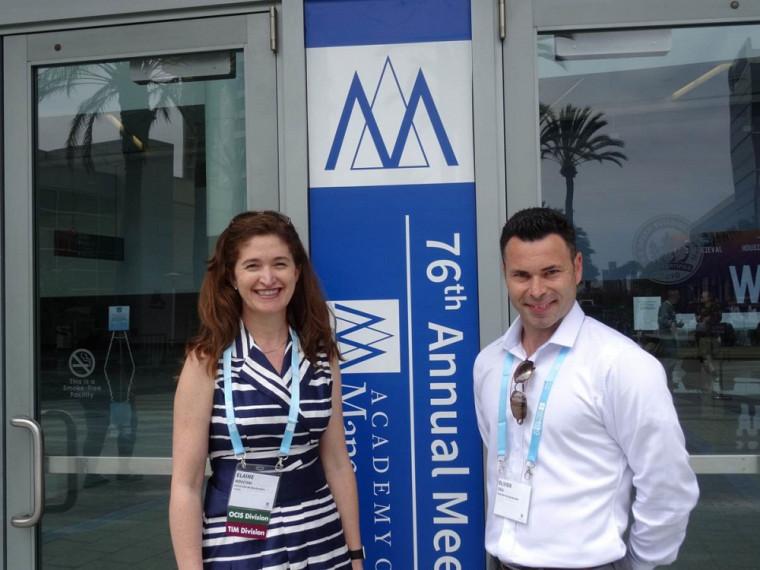 La professeure Elaine Mosconi et le professeur Olivier Caya du Département deSystèmes d'information et méthodes quantitatives de gestion (SIMQG) de la Faculté d'administration de l'UdeS.