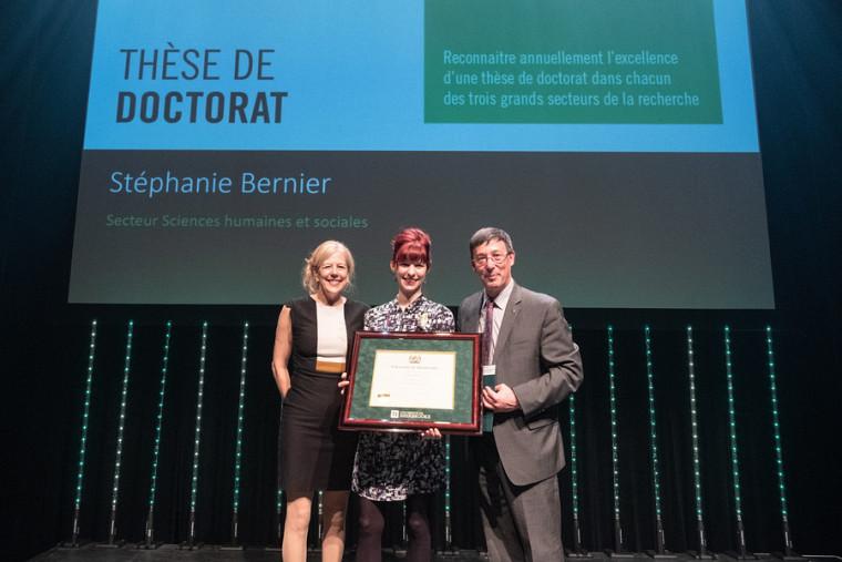 Mme Stéphanie Bernier a remporté la le prix de la meilleure thèse de doctorat dans le domaine des lettres, sciences humaines et sociales.