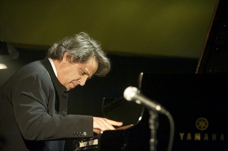 Le pianiste Alain Lefèvre, venu interpréter un extrait du Concerto de Québec, a sans contredit été l'un des moments forts de la soirée.