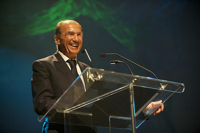 L'homme d'affaires André L'Espérance, nommé grand ambassadeur2012 de l'UdeS, est venu témoigner de son parcours de redresseur de PME et d'entrepreneur.