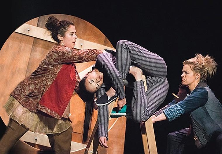 Le spectacle clownesque TerZetto fait partie de la série Les Choux-Bizz.