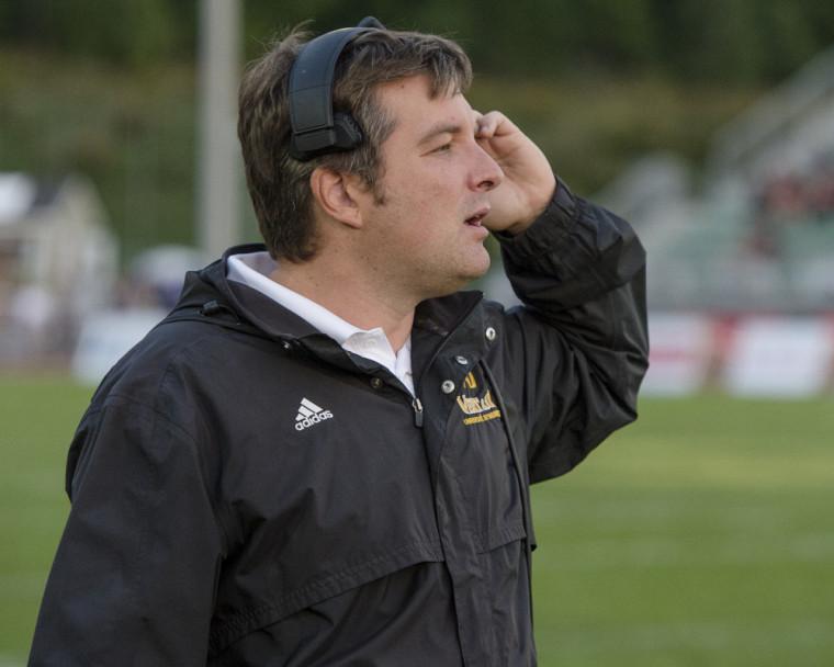 L'entraîneur-chef du Vert & Or David Lessard.