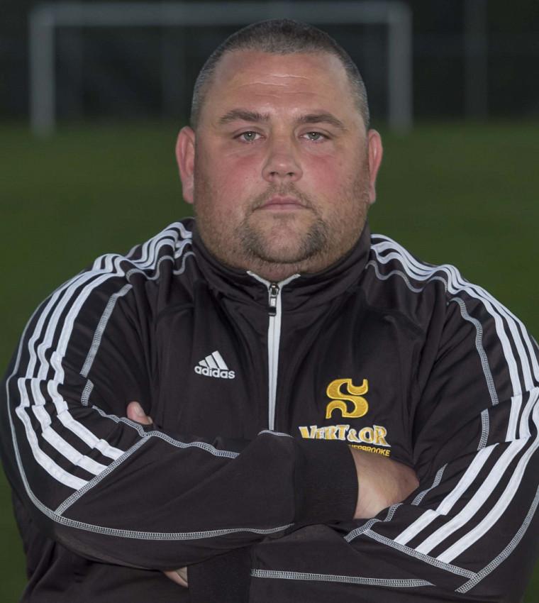 L'entraîneur-chef de l'équipe masculine de soccer Vert & Or, David Guicherd.