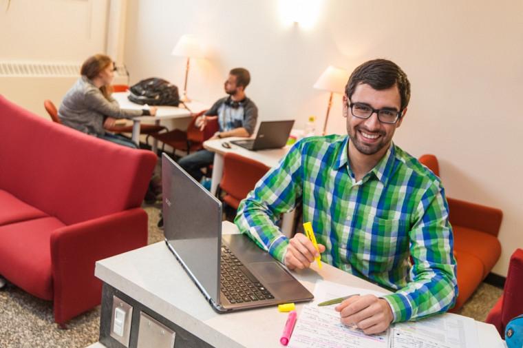 Félix Pinard, un étudiant qui s'est démarqué par son engagement dans son programme d'études.