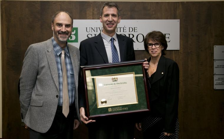 Le professeur Xavier Roucou est récipiendaire en Médecine et sciences de la vie.