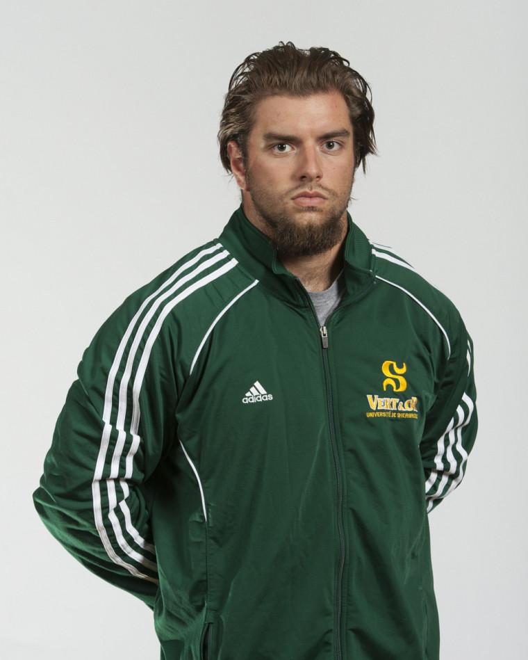 Le secondeur de ligne du Vert&Or Nicolas Boulay est repêché par les Alouettes de Montréal.