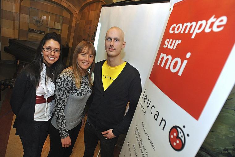 Mélissa Chamberland, présidente de l'association Markus, Julie Coupal, chargée de projet à Leucan Estrie, et Félix Deslauriers-Hallée.