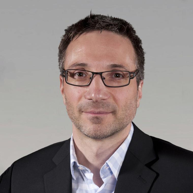 Le professeur Luigi Bouchard, du Département de biochimie et de génomique fonctionnelle de la Faculté de médecine et des sciences de la santé.