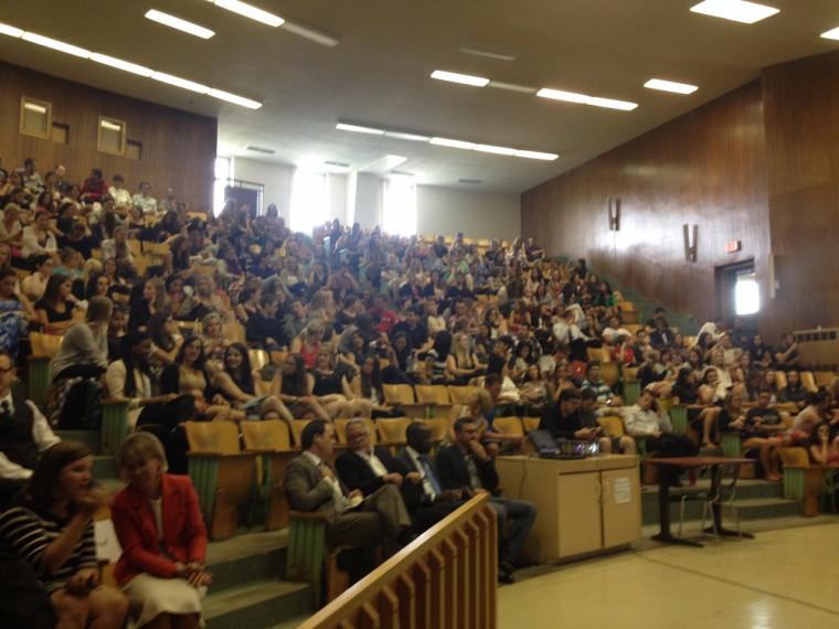 Près de 250 nouveaux étudiants ont participé à Réussir en droit.