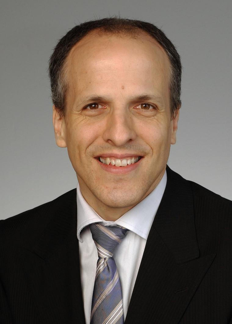 Le mandat du doyen Pierre Cossette s'échelonne jusqu'en2018.