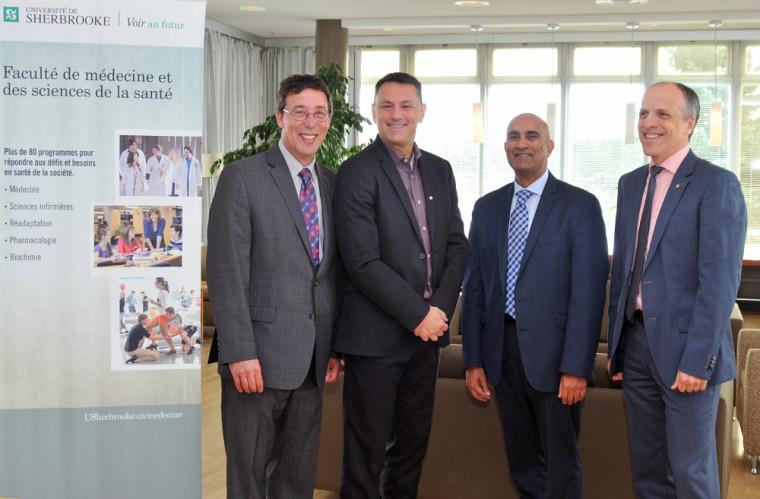 Pr Jean-Pierre Perreault, Pr Richard Leduc, Dr Amyn Sayani et GSK et Pr Pierre Cossette lors de l'annonce de l'accord de collaboration du 28 septembre