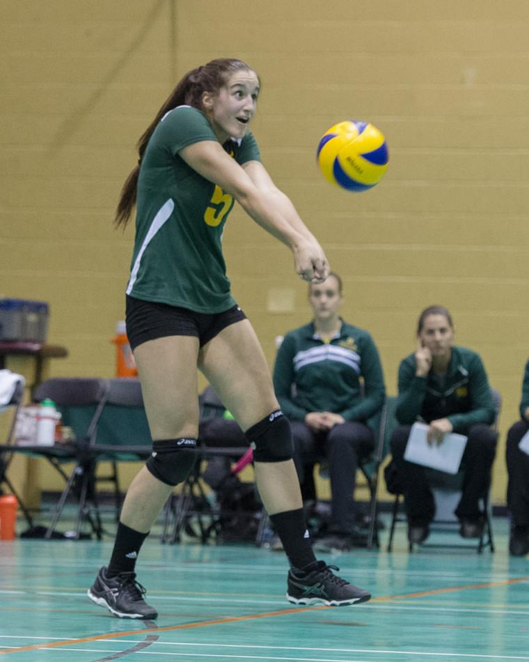 Maude Fréchette, étudiante-athlète de deuxième année, a connu une bonne performance vendredi dernier au PEPS de l'Université Laval.