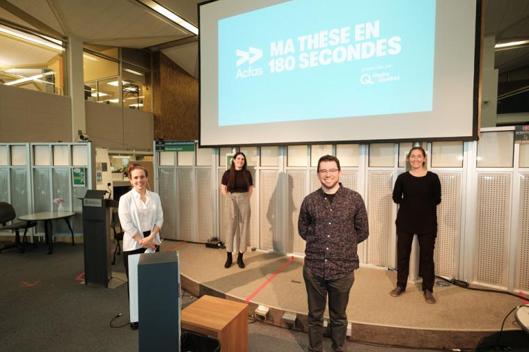Le jury était composé des professeures et professeurs Maude Josée Blondin, Gabrielle Garon-Carrier, Philippe Dauphin-Ducharme, Sophie Abdela et (absent de la photo) Florian Bentzinger.