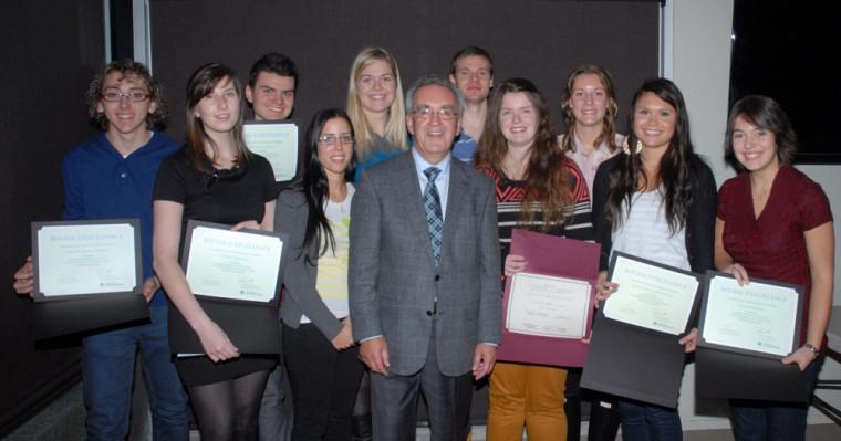 Les récipiendaires de bourses du programme de doctorat en médecine offert à Saguenay