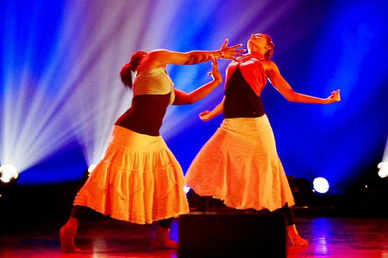 Aika Mathelier et Euphigénie Fédia Pierre ont présenté un numéro de danse haïtienne.