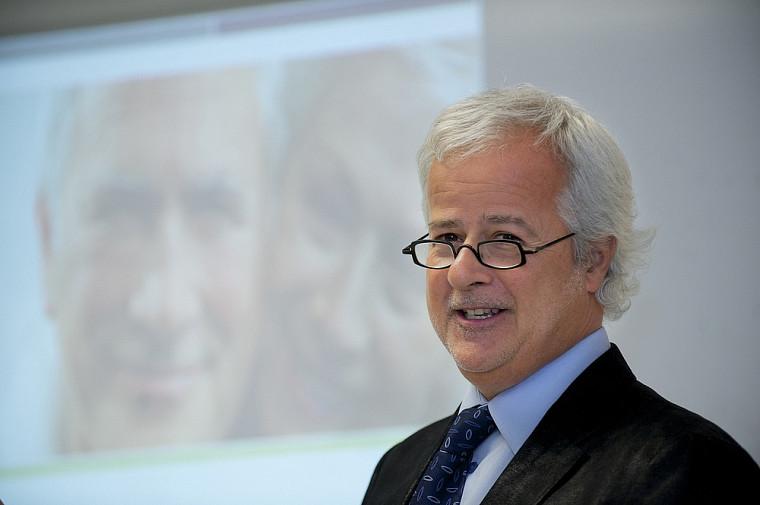Le professeur Michel Tousignant