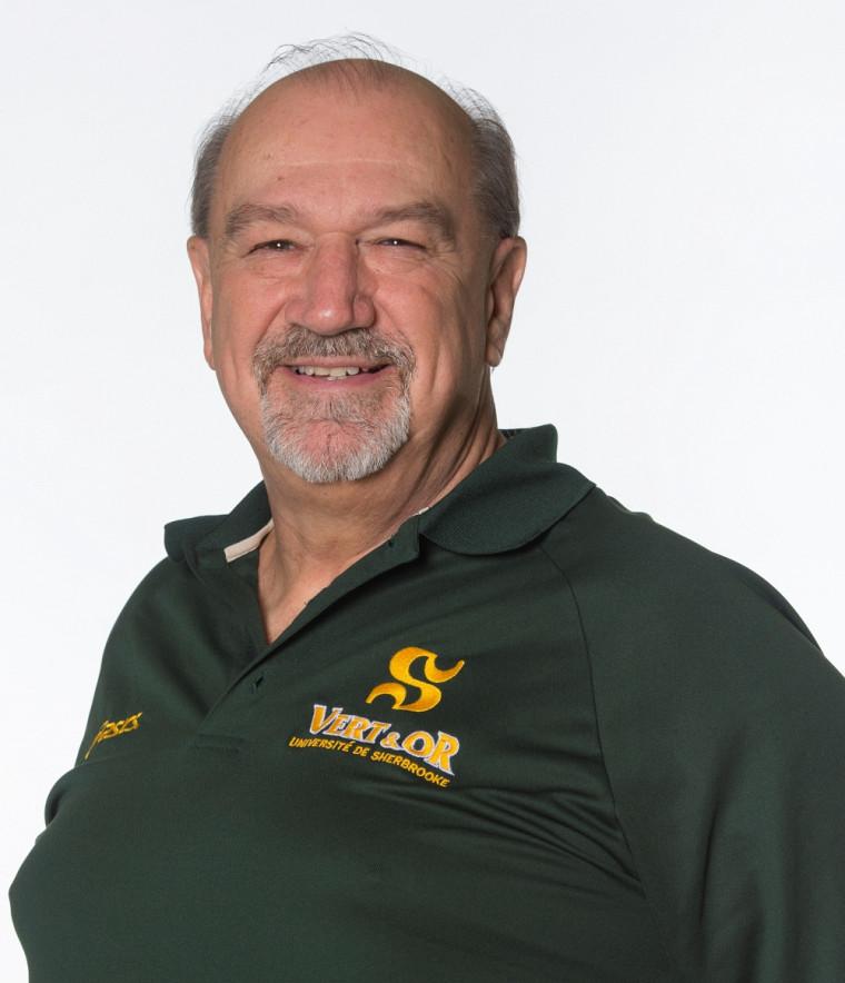 L'entraîneur-chef des équipes féminine et masculine d'athlétisme Vert&Or, Richard Crevier