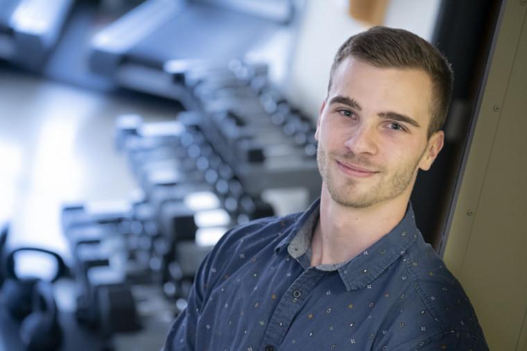 Alexis Marcotte-Chénard est étudiant au doctorat en sciences de l'activité physique.