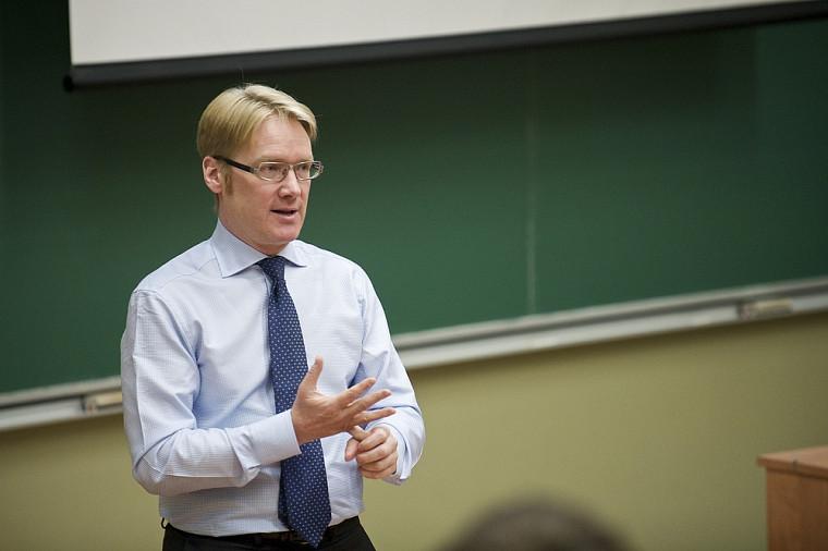 François Thibault, vice-président Finances chez Bombardier Aéronautique