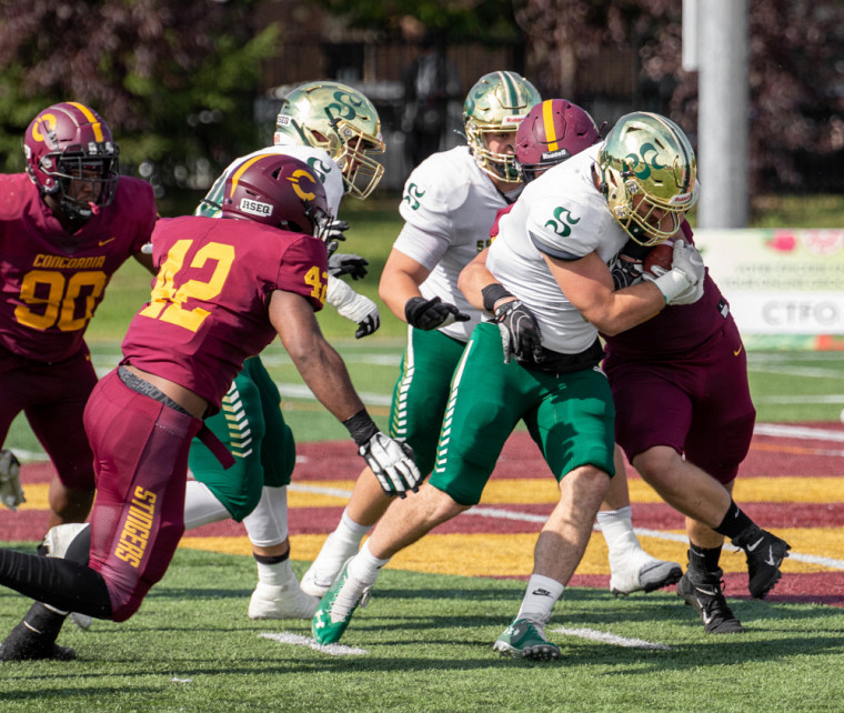 Les attaques ont été très efficaces dans le duel Vert & Or-Stingers, samedi après-midi au stade de l'Université Concordia.